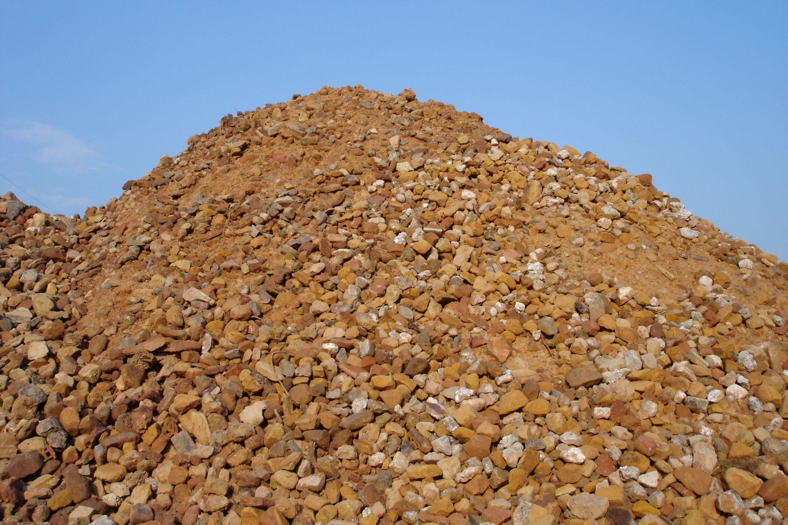 Lieferung von Schüttgut, Sand, Erde, Kompost für Ihr Bauvorhaben
